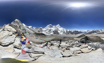 Climb Kala Patter & trek to Lobuche.