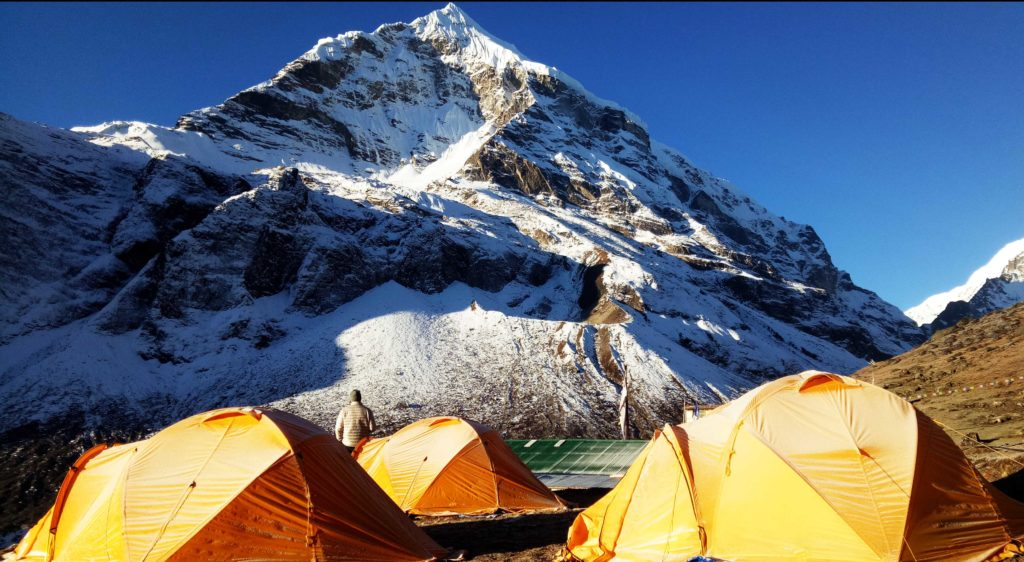 Kanchenjunga To Makalu Base Camp Trek,